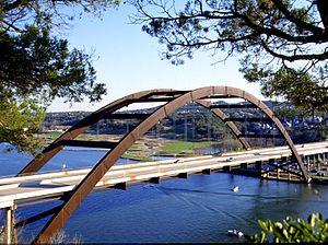 Pennybacker Bridge takes Loop 360 over Lake Au...
