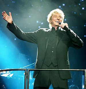 English: Barry Manilow live at the Xcel Energy...