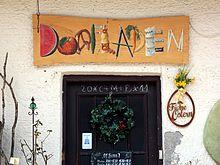 Bild: Dorfladen im Klosterweg in Weyarn - von Wikimedia-User LepoRello