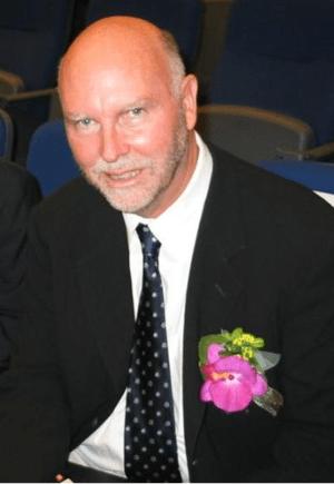 Craig Venter in 2004