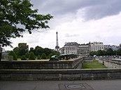 Eiffelturm Blick vom Invalidendom2.jpg