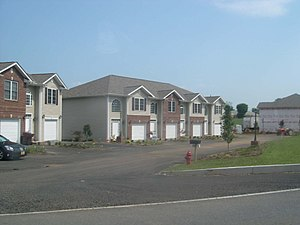 A group of townhouses in Bristol, Tennessee.
