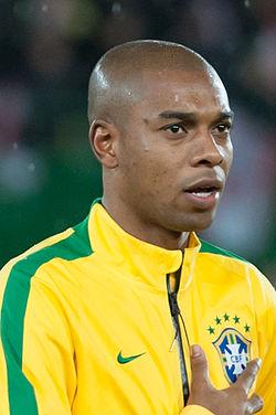 Fernandinho Footballer Wikipedia