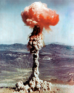 English: 14 kiloton atomic explosion, from a 1...
