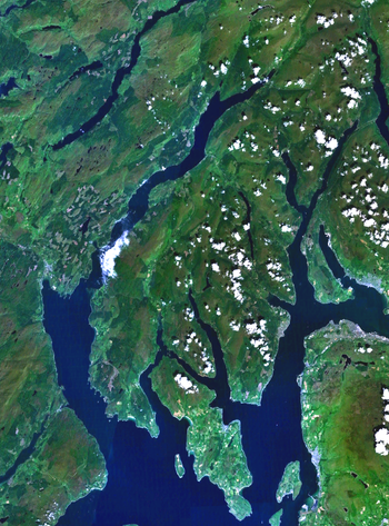 English: Scotland's Cowal peninsula. PD Landsa...