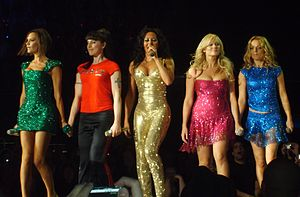Spice Girls at the O, da esquerda para a direi...
