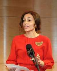 English: Zadie Smith announcing the five 2010 ...