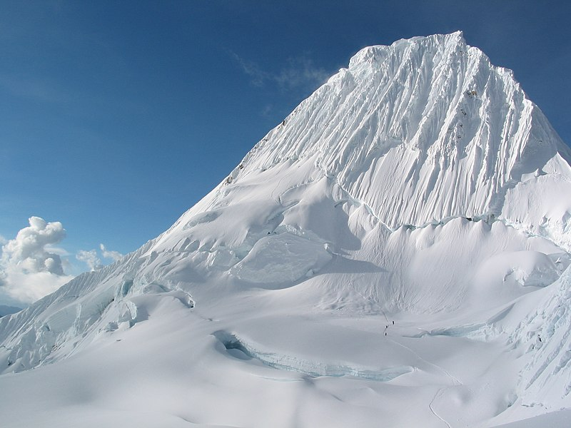 Alpamayo Snow - Gotta Go.