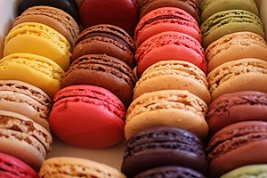 "English: ""Edible rainbow"". Macarons from Ladur..."