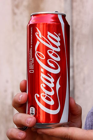 Français : Une cannette de Coca-Cola italienne...