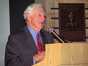 English: John Seigenthaler Sr. speaking at the...