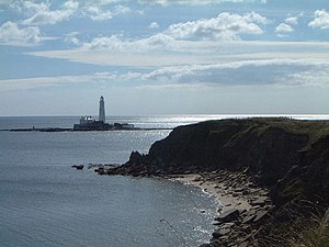English: St Mary's lighthouse Old Hartley Nort...