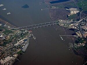English: The Benicia-Martinez Bridge takes Int...