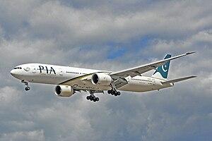 English: Boeing 777-340ER - Pakistan Internati...