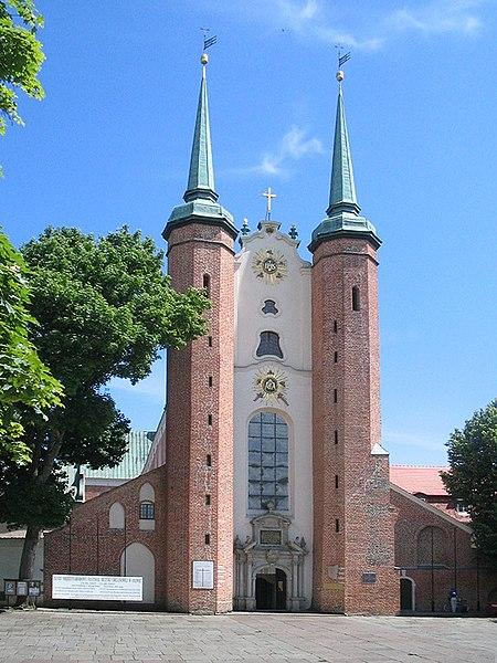 File:Oliwa kathedraal.jpg