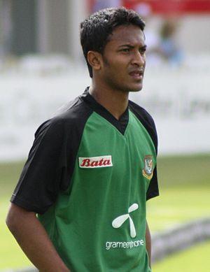 English: Shakib Al Hasan warming up prior to t...