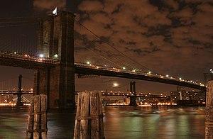 English: Brooklyn bridge at night, New York ci...