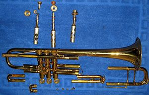 English: Bb trumpet disassembled. Svenska: Bb ...