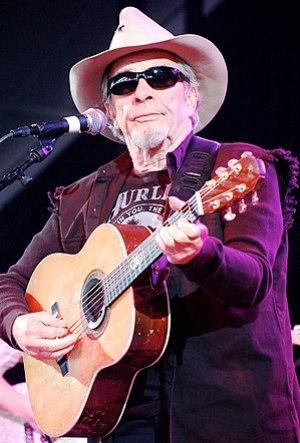 English: Merle Haggard performing at Bonnaroo ...