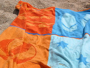 Beach towel Español: Toalla de playa
