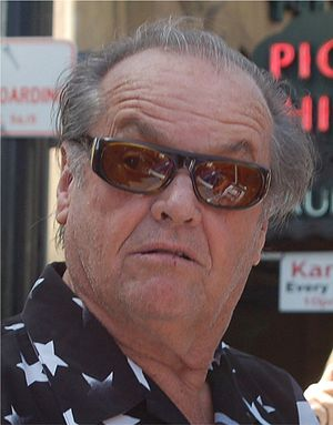 English: Jack Nicholson signing autographs at ...