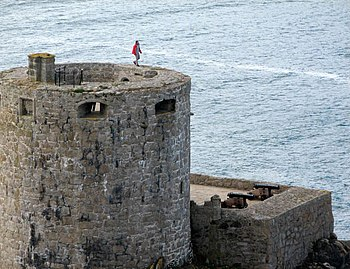 English: King of the Castle Living life on the...