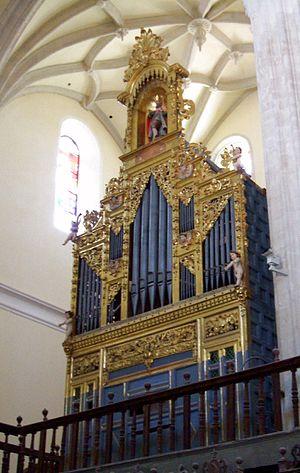 English: Órgano de la Colegiata de San Antolín...