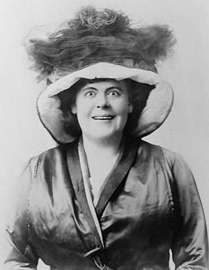 Marie Dressler, head-and-shoulders portrait, f...