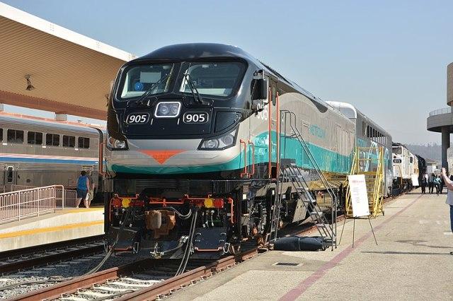 Metrolink F125 905.jpg