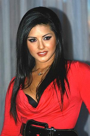 Porn star Sunny Leone at the 2007 Adult Entert...