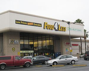English: Food 4 Less grocery store in Hollywoo...
