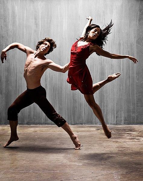 Greg Sample and Jennita Russo of Deyo Dances performing in the modern ballet Brasileiro.