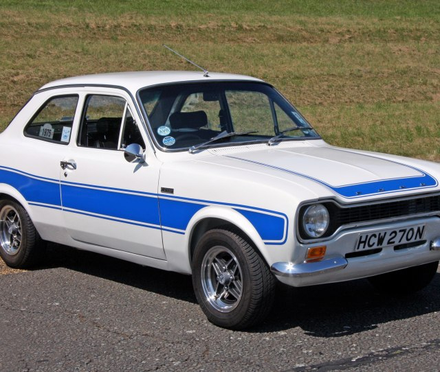 Ford Escort Rs 1600 The Complete Information And Online Sale With Free Shipping Order And Buy Now For The Lowest Price In The Best Online Store
