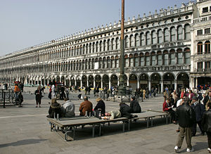 English: Venice – St. Marcus Square – Procurat...