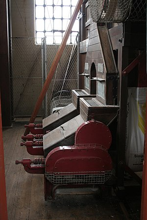 English: Malt mill Built in 1909 and still use...