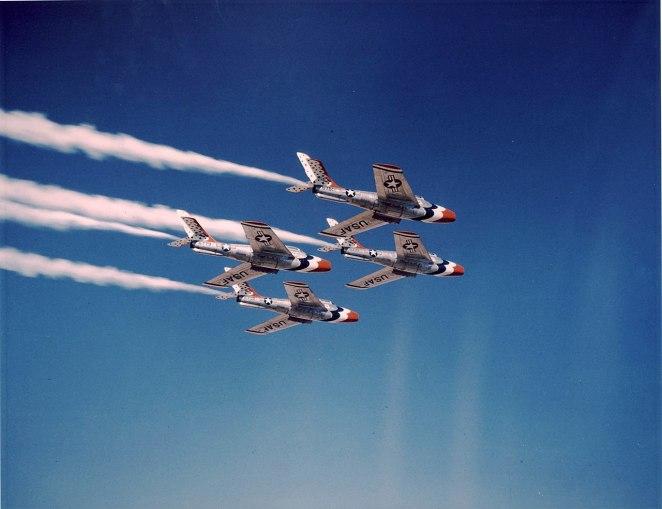 F-84F Thunderbirds.jpg
