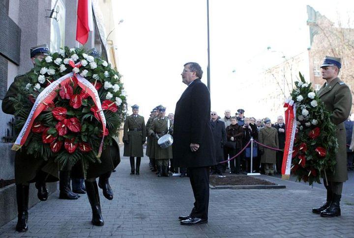 """Narodowy Dzień Pamięci """"Żołnierzy Wyklętych"""" Obchody święta w 2011 roku"""