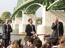 Mikuláš Dzurinda, Viktor Orbán and Günter Verheugen open the Mária Valéria Bridge across the Danube connecting the Slovak town of Štúrovo with Esztergom in Hungary.