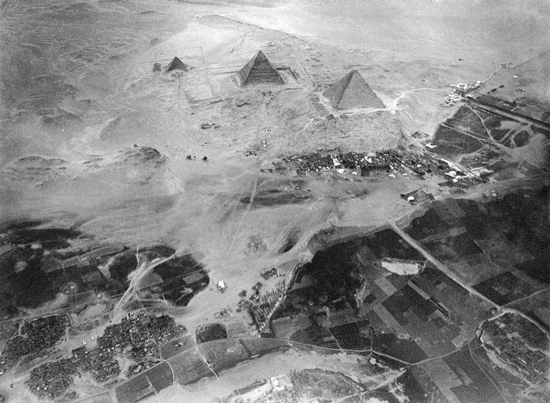 File:Spelterini Pyramids.jpg