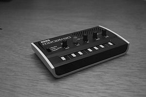 KORG monotron Borrowed a few lenses and a flas...