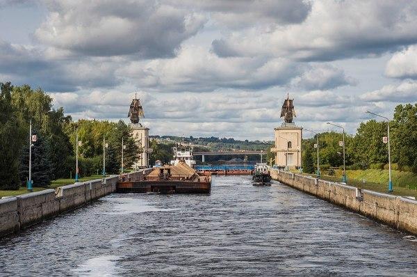 Канал имени Москвы — Википедия