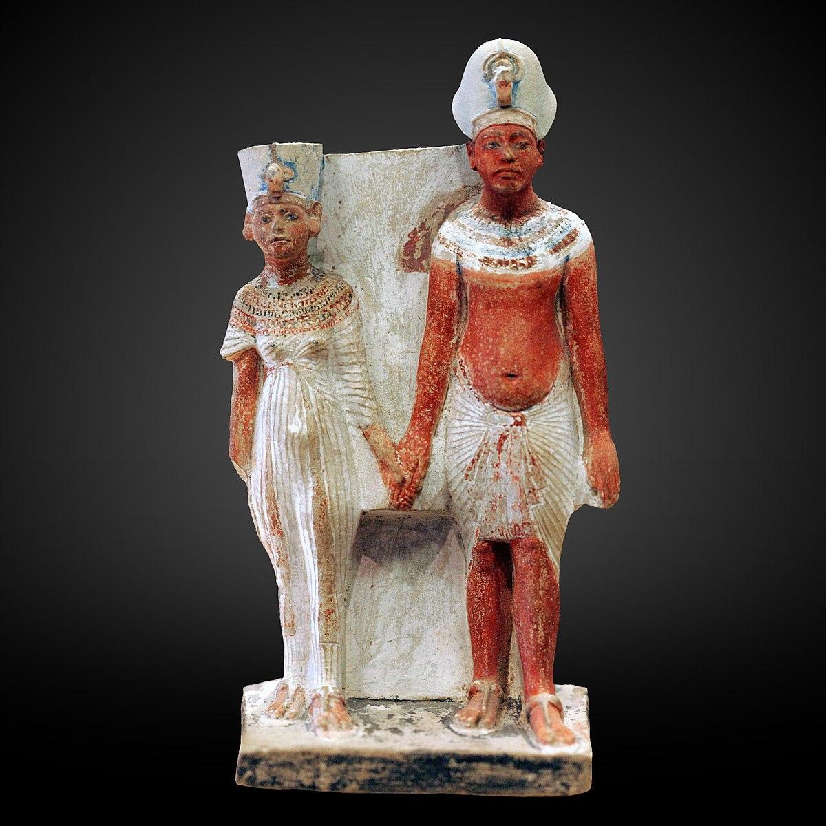 1330 b.c.e.) was the chief consort of the egyptian pharaoh akhenaten (formerly amenhotep iv; Category Akhenaten And Nefertiti E15593 Wikimedia Commons