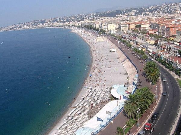 File:Beach of Nice, France.jpg - Wikimedia Commons