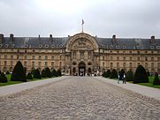 Les Invalides south entrance.JPG