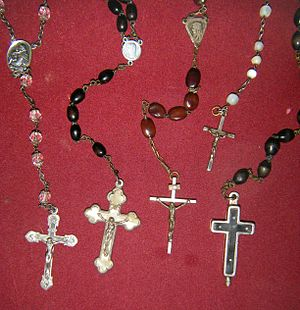 Rosaries old ant antiques