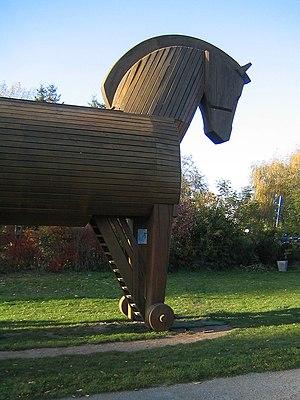 Das Trojanische Pferd vor dem Schliemann-Museu...