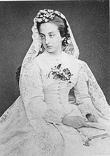 Marie-Isabelle Comtesse de Paris.jpg