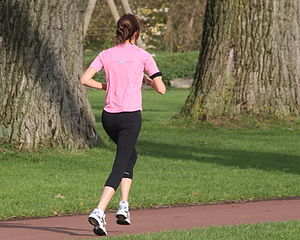 English: Running woman Nederlands: Hardlopende...