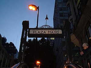 English: Underground to Plaza de Mayo