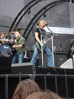 Chad Kroeger on stage with Nickelback in Dubli...